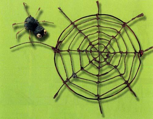 Паук паутина паутину сшил